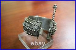 Antique Ethnic Silver Bracelet Yemen Badihi